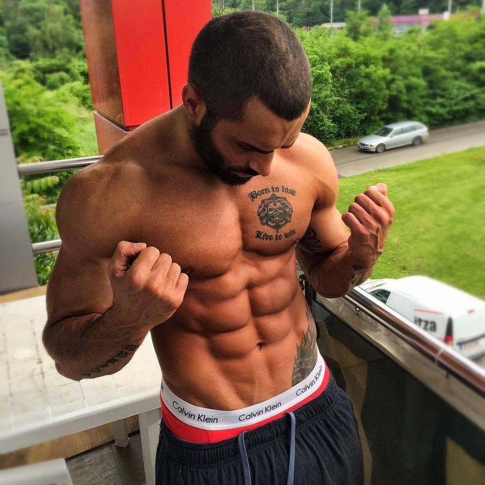 lazar-angelov-six-pack-abs